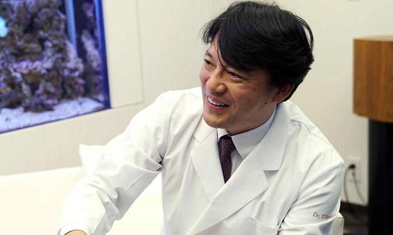 """""""健康な人を診る""""名医は、タクトを振る音楽家でもあった。(ゲスト 藤本 幸弘 氏:第3回) イメージ画像"""