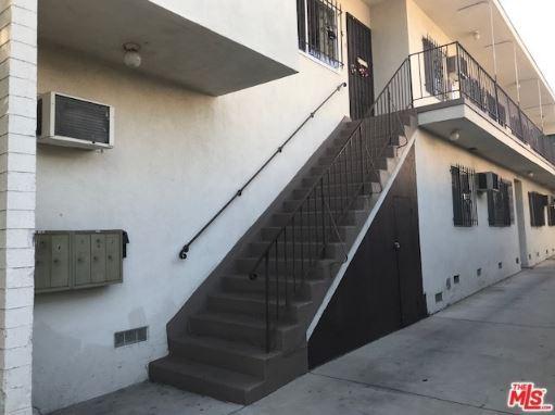 写真:Willoughby Ave, Los Angeles, CA4